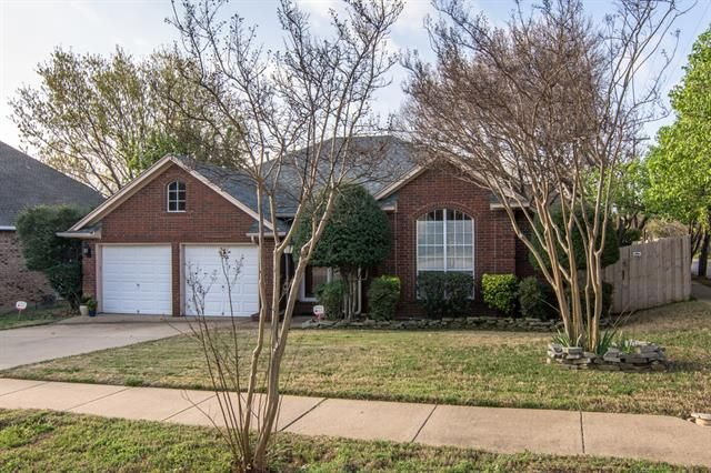 3800 periwinkle st bedford tx 76021 home for sale and