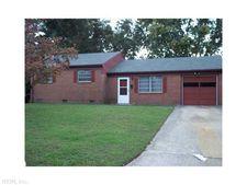 19 Plantation Dr, Hampton, VA 23669