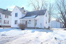 84 W Myrtle St, Canton, IL 61520