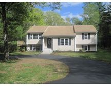 901 Plymouth St, Middleboro, MA 02346