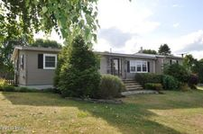 105 Summit Dr, Honesdale, PA 18431