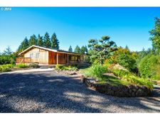 27796 Chapman Rd, Scappoose, OR 97056