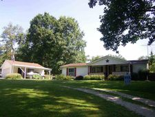 2274 Oakcliff Rd, West Terre Haute, IN 47885