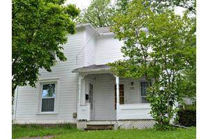 239 Locust St, Marysville, OH 43040