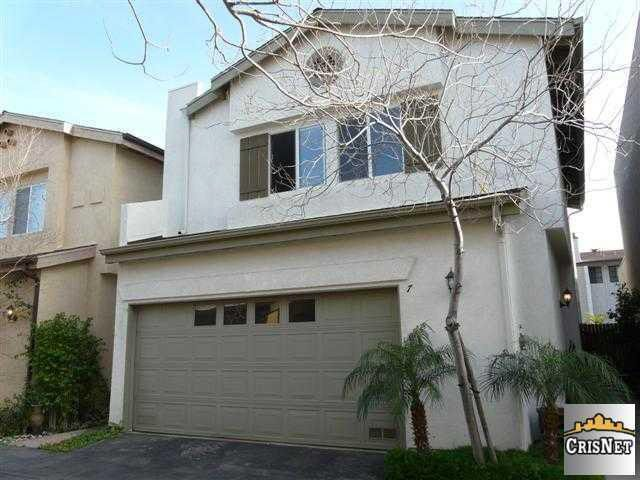 10228 Variel Ave Unit 7, Chatsworth, CA 91311