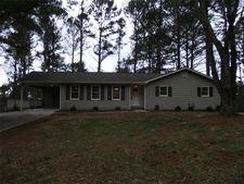 433 Stockwood Dr, Woodstock, GA 30188