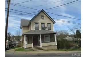 653 Market St, Bangor Borough, PA 18013