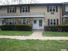 11D22 Glen Hollow Dr # D-22, Holtsville, NY 11742