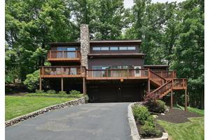 1853 Laurel Mountain Dr, Salem, VA 24153