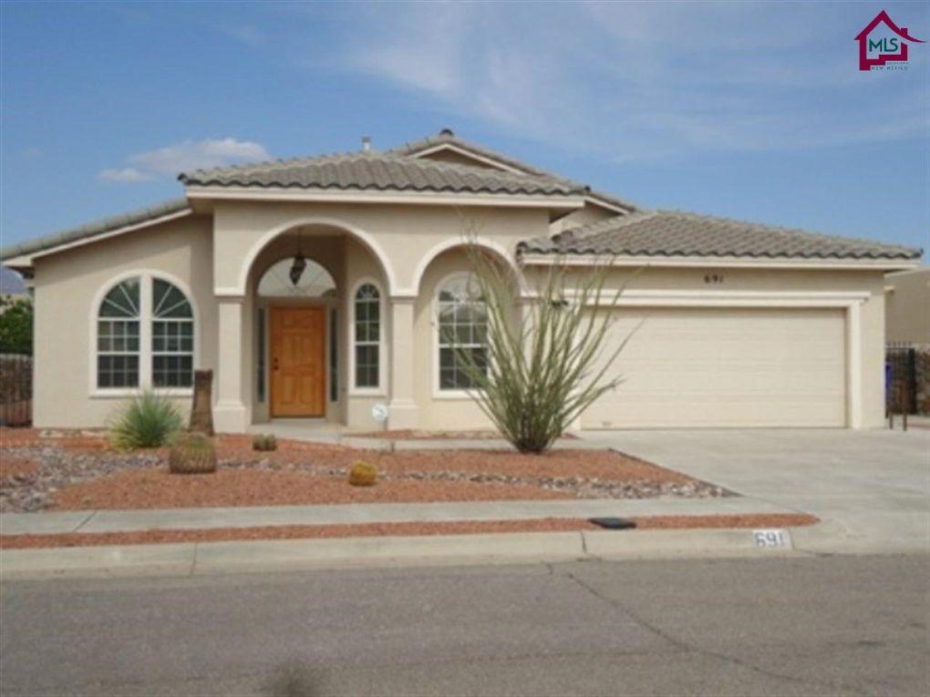 691 Mesa Point Rd, Las Cruces, NM 88011