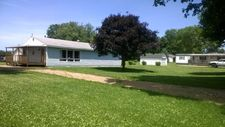 310 E Thompson St, Cayuga, IN 47928