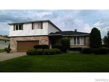 257 Warner Law Rd Unit In, Lancaster, NY 14086