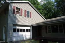 109 Sunrise Trl, Tafton, PA 18428