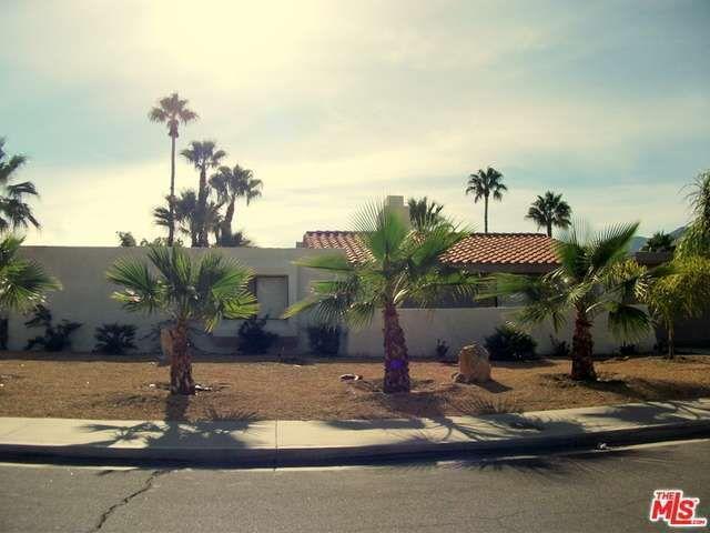1113 E Via Escuela, Palm Springs, CA 92262