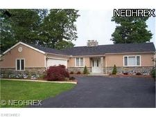 5992 Cedarwood Rd, Mentor On The Lake, OH 44060
