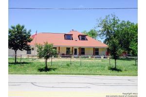 503 Lower Lacoste Rd, Castroville, TX 78009