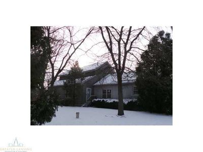 4623 N Nicholson Rd, Fowlerville, MI