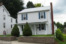433 W 5th St, Waynesboro, PA 17268