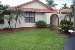 5305 Center St, Jupiter, FL 33458