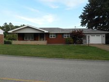 1153 Willowbrook Rd, Rostraver, PA 15012