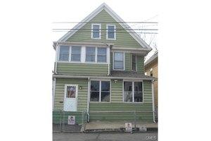 256 Olive St, Bridgeport, CT 06604