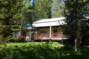 11 Blue Spruce Pl, Cascade, ID 83611