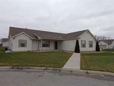 53106 Natures Peak Ct, South Bend, IN 46628