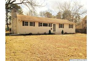 256 Ashwood Dr, Brick, NJ 08723