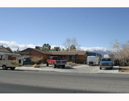 4621 Valley Dr, North Las Vegas, NV 89031 Main Gallery Photo#1