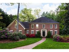 7310 Chattahoochee Bluff Dr, Sandy Springs, GA 30350