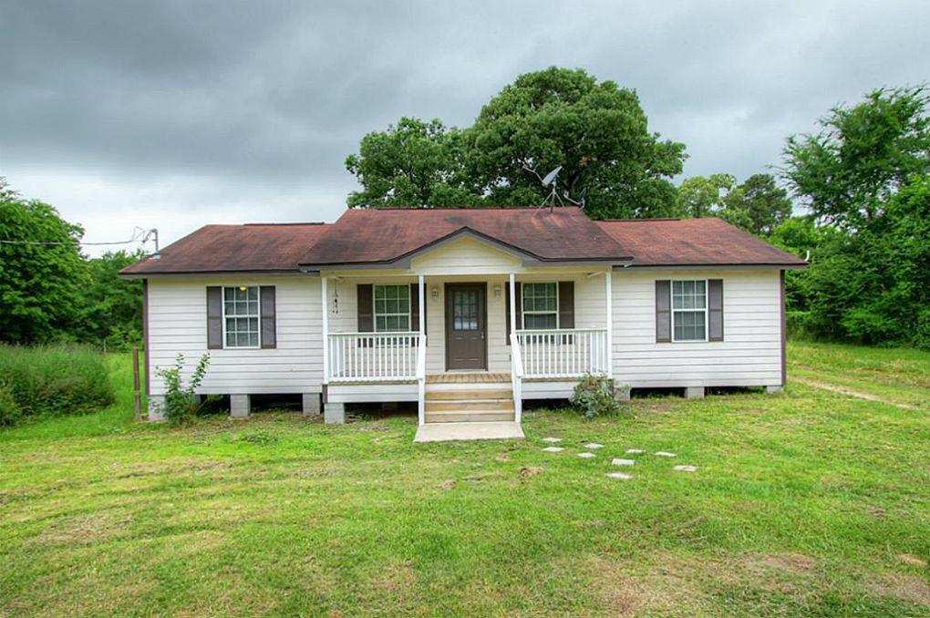 6 Walnut Ridge Dr Huntsville, TX 77320