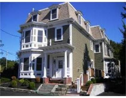 38 Russell St Apt 1, Plymouth, MA 02360
