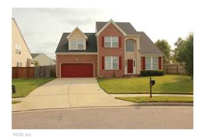 3203 Eight Star Way, Chesapeake, VA 23323