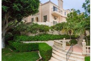 5163 Renaissance Ave Unit A, San Diego, CA 92122