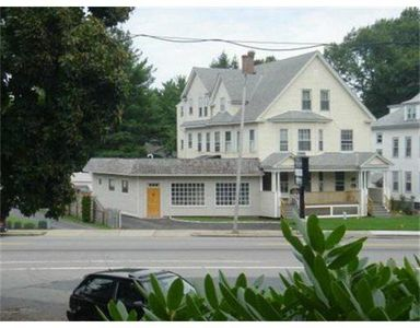 779-781 Pleasant St, Worcester, MA