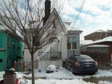274 Emerson Ave, Out Of Area Town, NY 10465