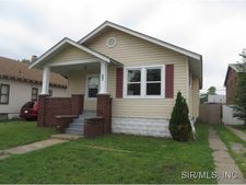 516 N Wood River Ave, Wood River, IL 62095