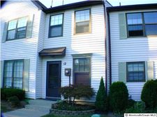 12-12 King Charles Ct, Englishtown, NJ 07726