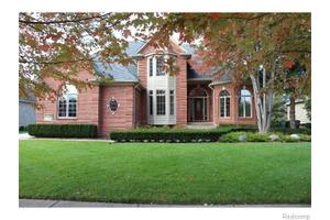 54377 Preston Pines Ln, Shelby Township, MI 48315