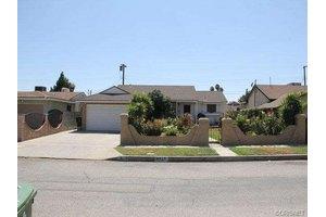 9353 Varna Ave, Arleta, CA 91331