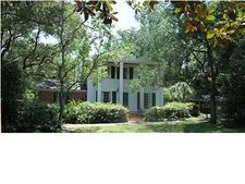 5609 Cottage Hill Rd, Mobile, AL 36609