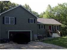 18 Cow Hill Rd, Groton, CT 06355