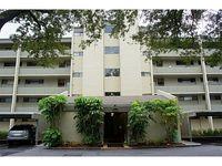 13626 Greenfield Dr Apt 409, Tampa, FL 33618