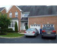 608 Daisy Ct, North Brunswick Township, NJ 08902
