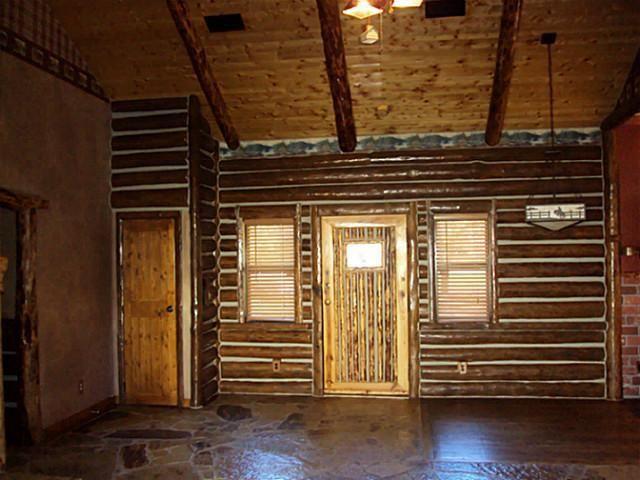 995 Westover Ln Springtown TX 76082