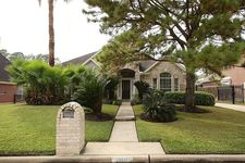20207 Forest Dr, Spring, TX 77388