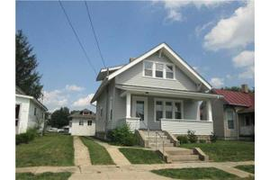 130 S East St, New Holland, OH 43145