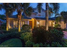 6749 Southern Oak Ct, Naples, FL 34109