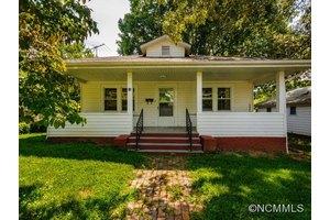 82 Olney Rd, Asheville, NC 28806