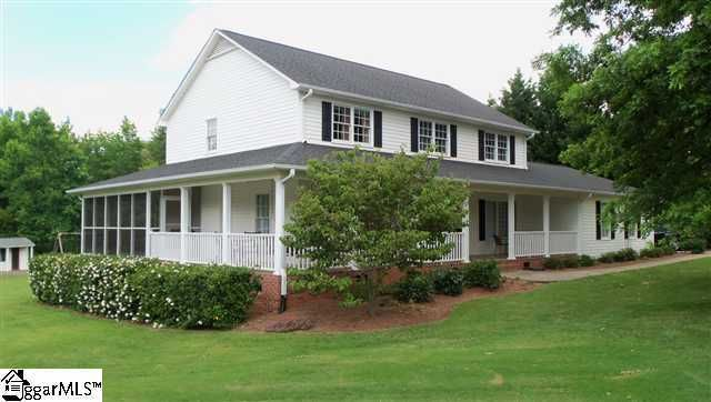 428 Thorn Meadow Ln, Boiling Springs, SC 29316